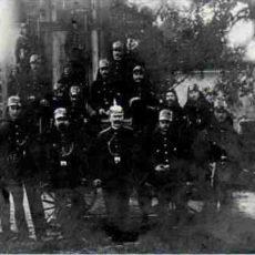 """Erstes Gruppenfoto von 1909"""" src=""""images/geschichte/wehrgruendung-1909.jpg"""