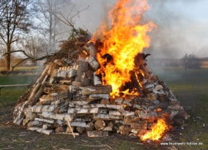 Osterfeuer 16 (6)